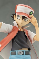 Pokemon-Trainer-Red-ARTFX-J-Image-12